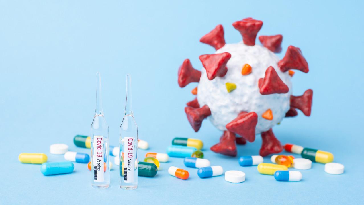 Минздрав отменил клиническое испытание комбинации вакцин AstraZeneca и «Спутник V»
