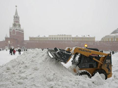 За выходные дни от мороза [пострадали 25 москвичей]
