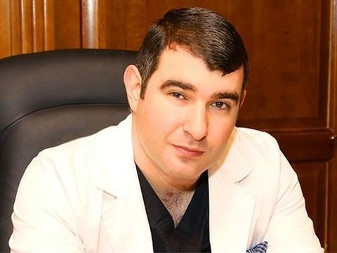 СМИ: Минздрав снял с должности директора НИИ онкологии Михаила Давыдова–младшего