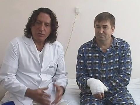В Челябинске успешно прооперировали мужчину с полностью отрезанной рукой