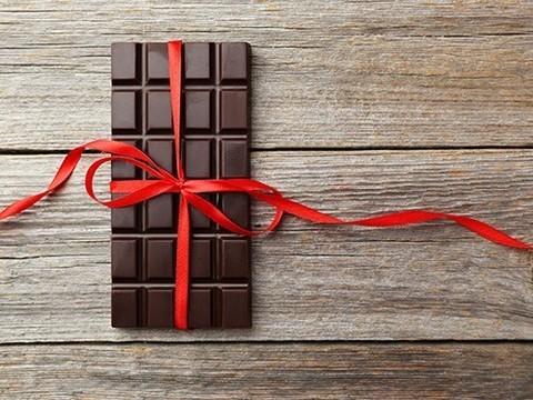 Шоколад с кокой улучшает самочувствие