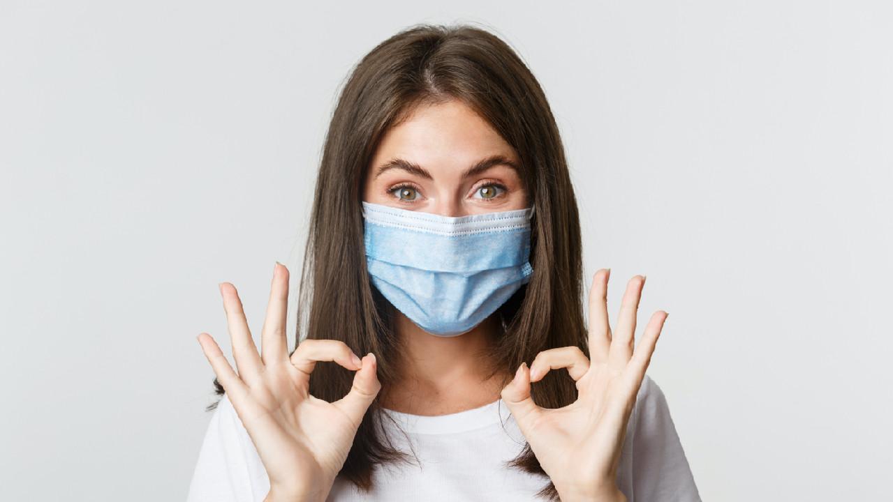 В Великобритании переболевших COVID-19 подвергнут повторному воздействию вируса