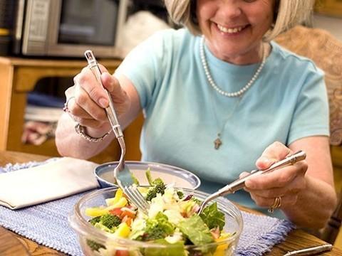 Такая диета способствует здоровому старению женщин