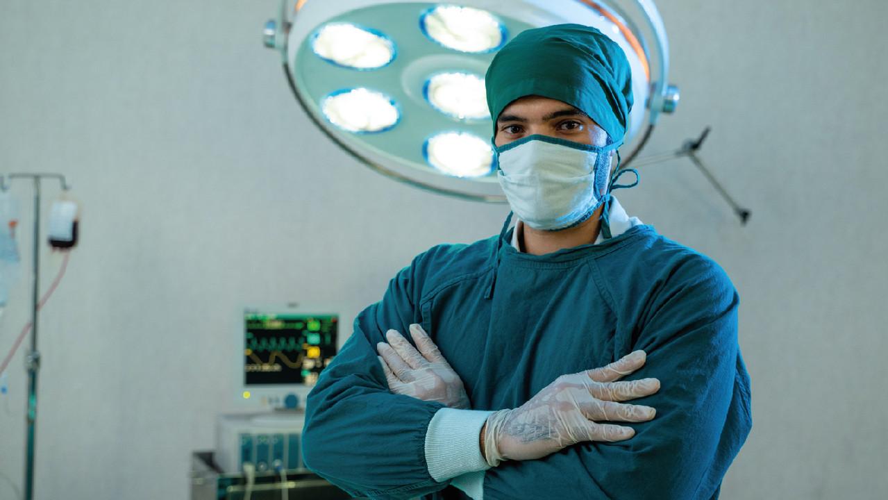 Через сколько недель после COVID-19 лучше проводить операции – новые данные