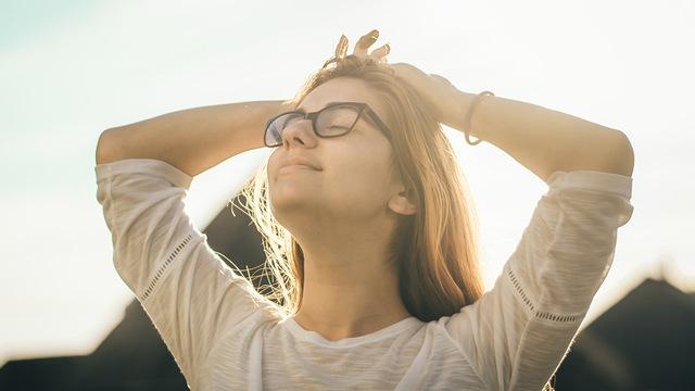 Нервные механизмы расслабления включаются даже после поглаживания – исследование
