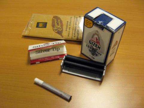 Рост цен на сигареты заставил англичан [перейти на самокрутки]