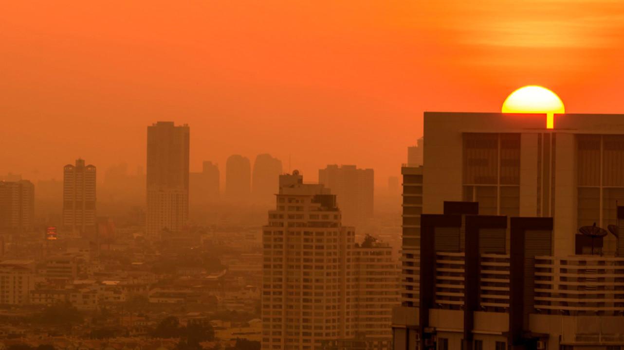 Загрязнение воздуха может усугубить течение COVID-19