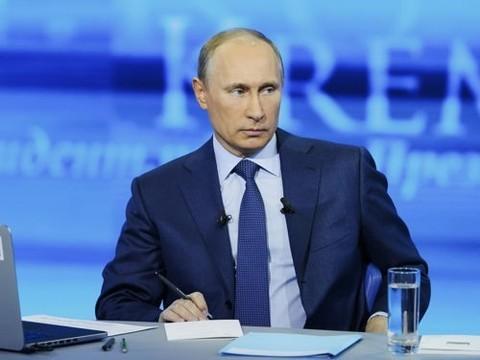 Путин поручил организовать оказание паллиативной помощи по месту проживания