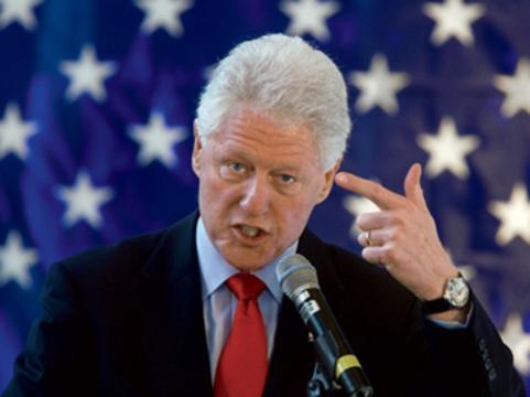 Клинтон призвал украинцев [обследоваться на ВИЧ]