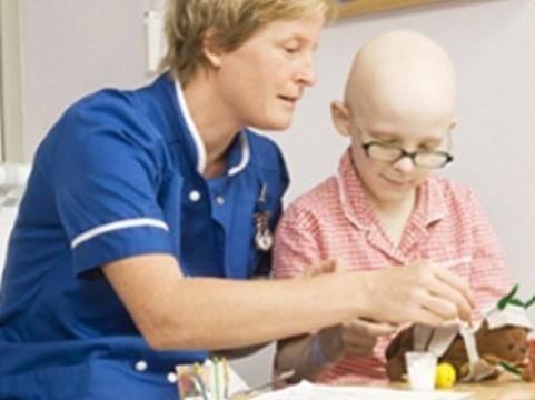 ЕС призвали [не лишать детей новейших лекарств от рака]