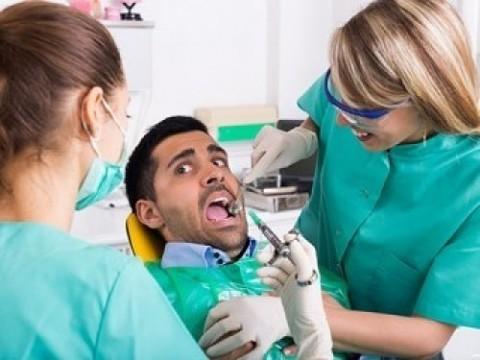 Курс психотерапии поможет справиться с боязнью стоматологов