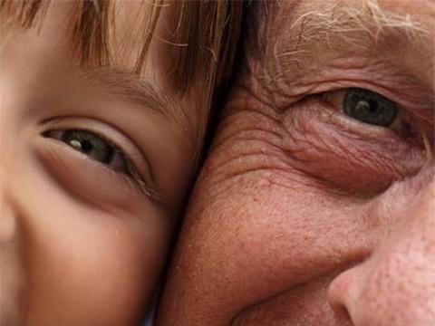 Люди в мире стали жить дольше