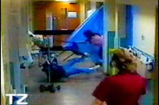 Пациенты нападают на британских медиков [каждые семь минут]