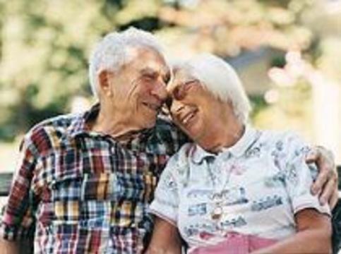 Евросоюз планирует посадить пожилых на диету