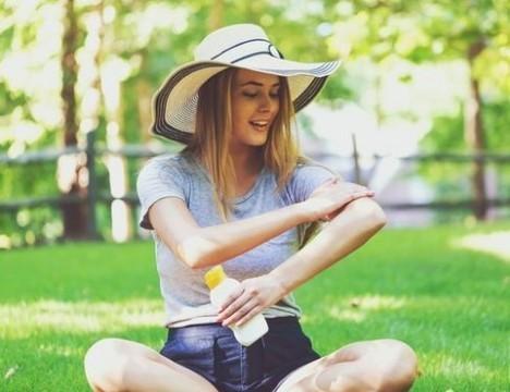 Профилактика рака кожи. Как правильно выбрать солнцезащитный крем