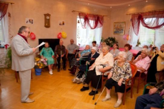 СОБЫТИЯ: 1 октября французы отметили  день пожилого человека в Подмосковье