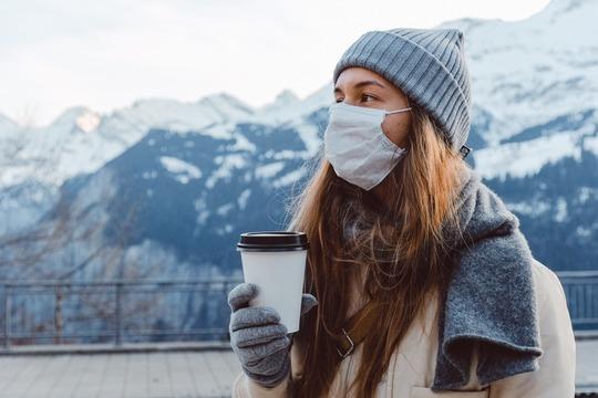 Жителей России призвали не уповать на холода как «фактор замедления» пандемии
