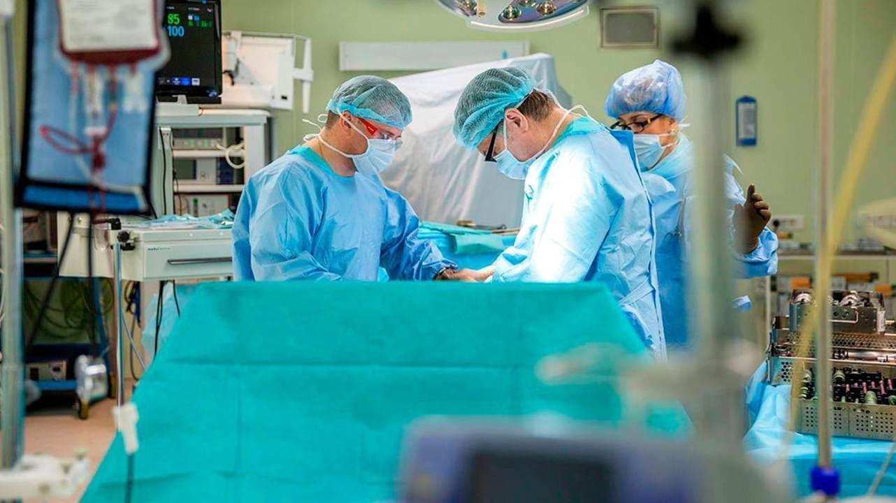 Новосибирские хирурги спасли ногу пациентки с саркомой с помощью 3D-технологий