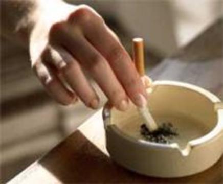 Риск заболеть раком кишечника в результате курения выше среди женщин
