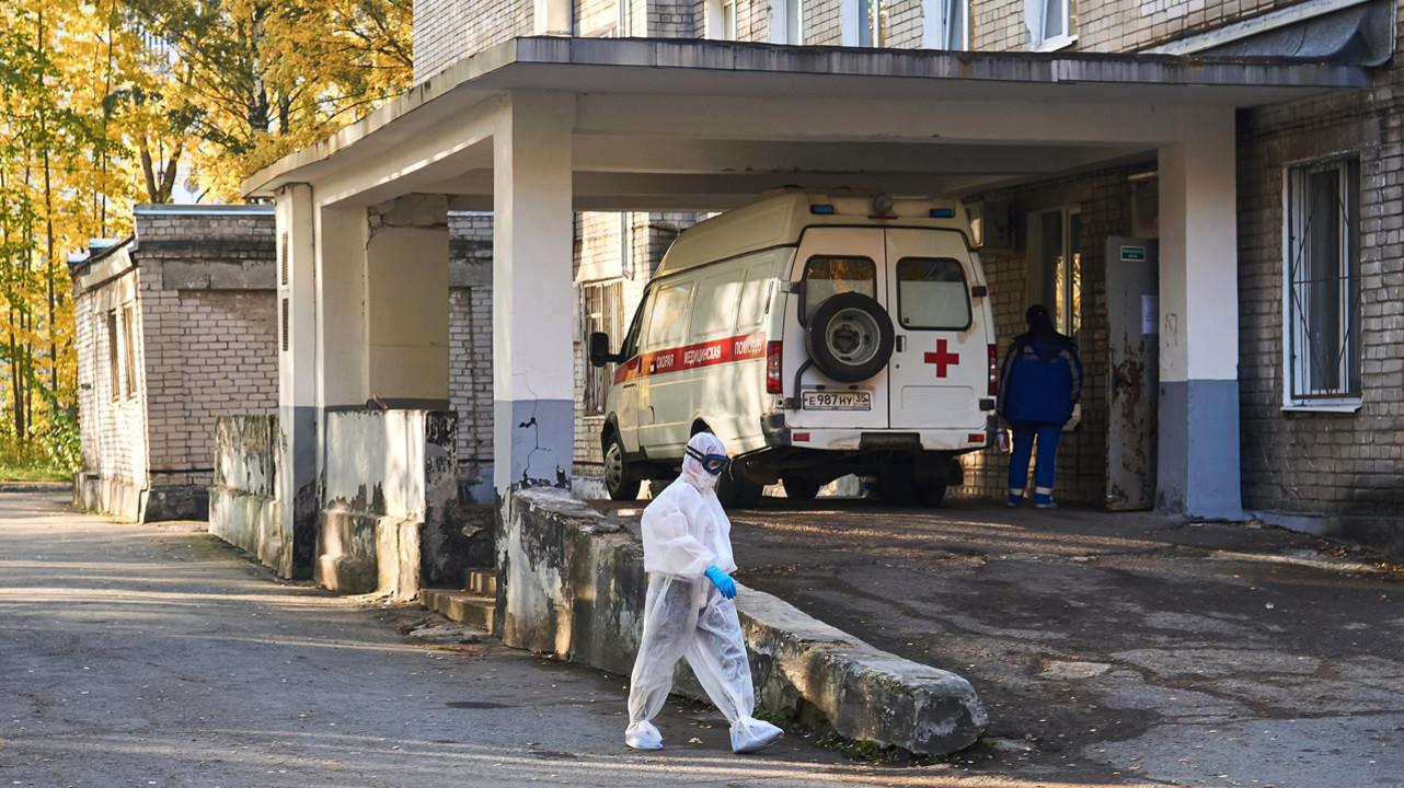 «Не нравится — увольняйся», — слышат в свой адрес около 70% врачей в России