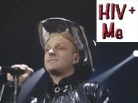 Вокалист Erasure признался, что носит в себе ВИЧ