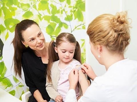 Искусство разрушения мифов, или Почему многие люди до сих пор боятся прививок