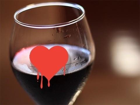 Умеренные дозы алкоголя не предотвращают инфаркт и инсульт
