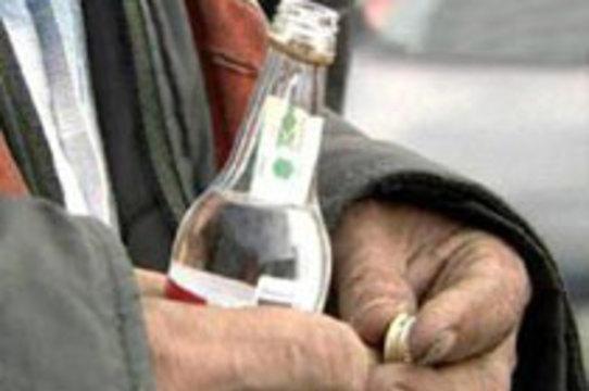 Минздрав насчитал в России [более 2 миллионов алкоголиков]