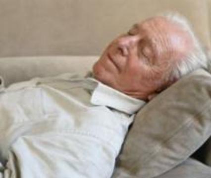 Мозг стариков во сне может забыть, как дышать