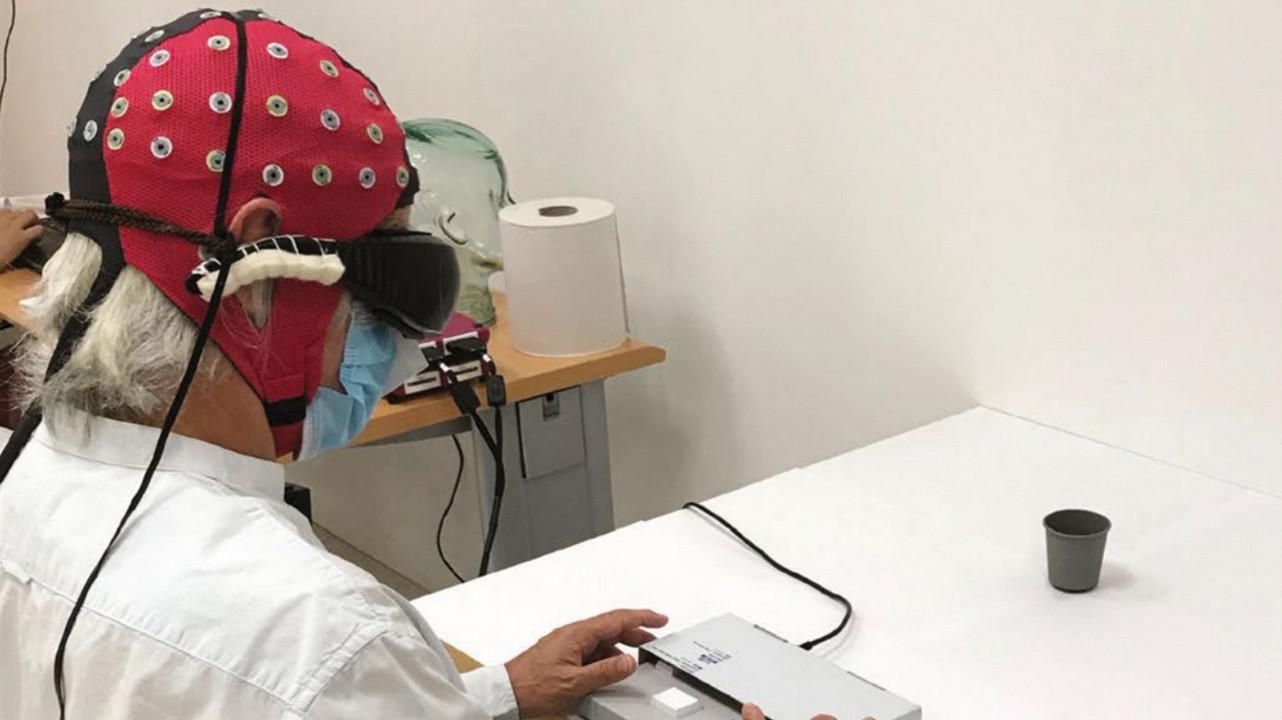 Ученые частично восстановили зрение слепому человеку при помощи оптогенетики
