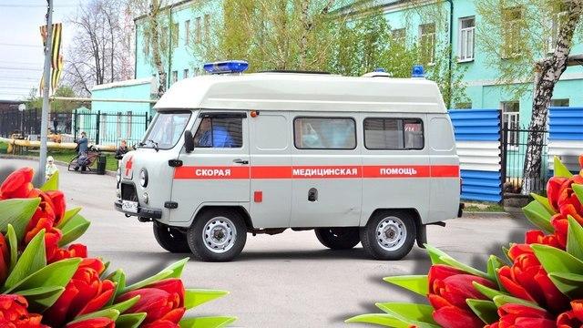 Герои нашего времени: сегодня в России чествуют работников скорой помощи