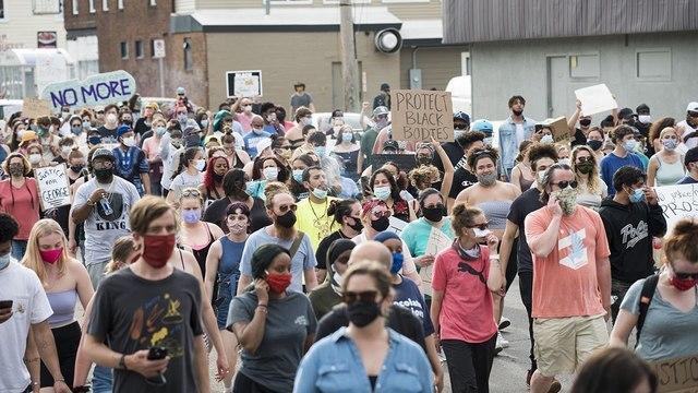 Массовые протесты в США могут вызвать всплеск заболеваемости COVID-19