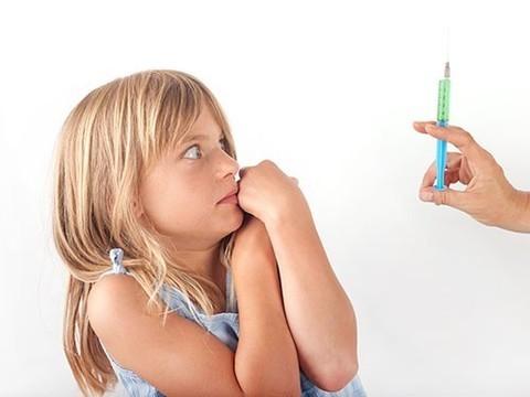 «Шокирующая правда о вакцине от гриппа»: как появляются аргументы «антипрививочников»