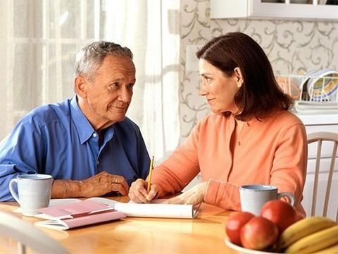 5 причин дряхлости в старости, которые можно устранить в среднем возрасте
