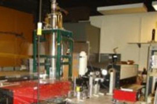 Инфракрасный лазер избирательно уничтожает [вирусы и бактерии в крови]