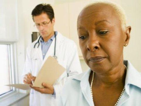 Американские врачи [неосознанно проявляют расовые предрассудки]