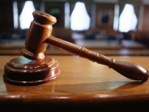 Суд обязал краевой Минздрав [обеспечивать ребенка-инвалида лекарством]