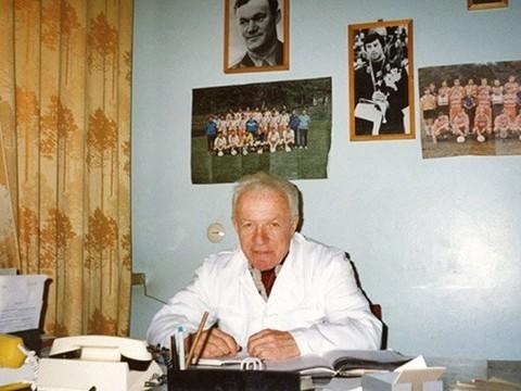 Умер спортивный врач Олег Белаковский