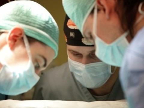 В перинатальном центре впервые прооперировали [младенцев с весом менее килограмма]