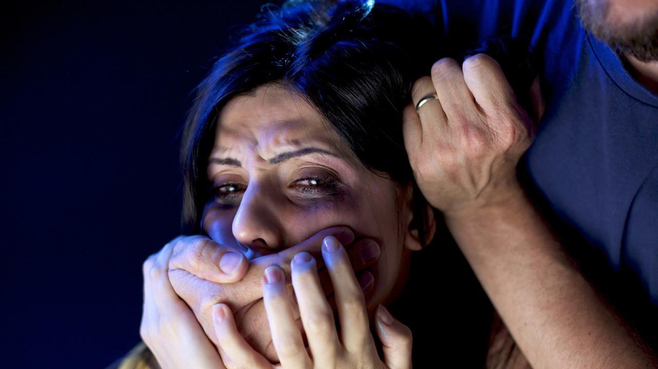 Сексуальное насилие способно вызывать серьезные изменения в женском мозге
