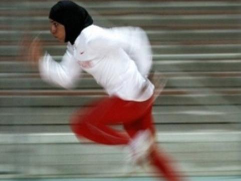 Врач спортивного училища в Татарстане [уволен по законам шариата]