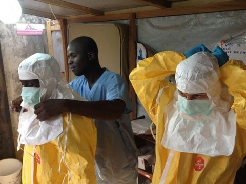 Минздрав отказался проверять на Эболу [всех африканцев в России]