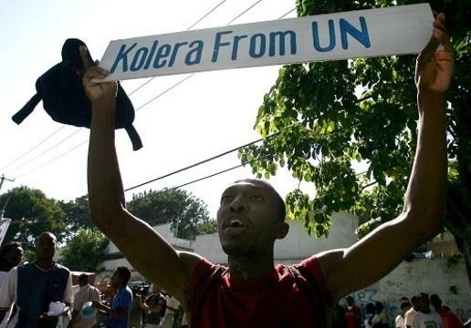 Суд в США отказал гаитянам в праве [судить ООН за вспышку холеры]