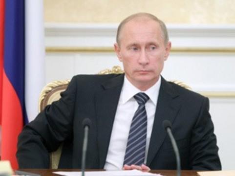 В задержках зарплат медикам [Путин обвинил систему]