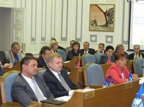 Молодым врачам в Костромской области [пообещали единовременные пособия]