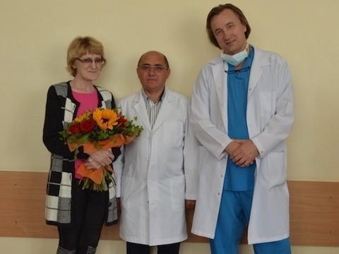 Из НИИ онкологии им. Петрова выписана пациентка с бионженерным протезом трахеи