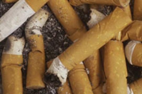 Курение способствует [развитию псориаза]