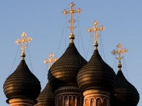 ФСКН будет реабилитировать наркоманов [с помощью церкви]