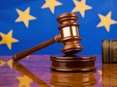 Страсбургский суд оштрафовал Россию [за лечение ВИЧ-инфекции маргарином]