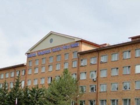 В Красноярске 28 курсантов [отравились после ужина в институтской столовой]